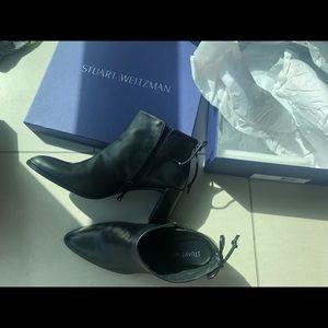 Stuart Weitzman booties leather with box  7.5
